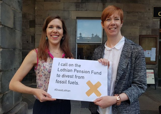 Collectively, Scottish Councils invest £1.8 billion of their pension funds in fossil fuels.