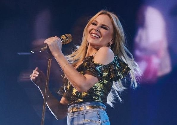 Kylie Minogue is coming to Edinburgh Castle in 2019.
