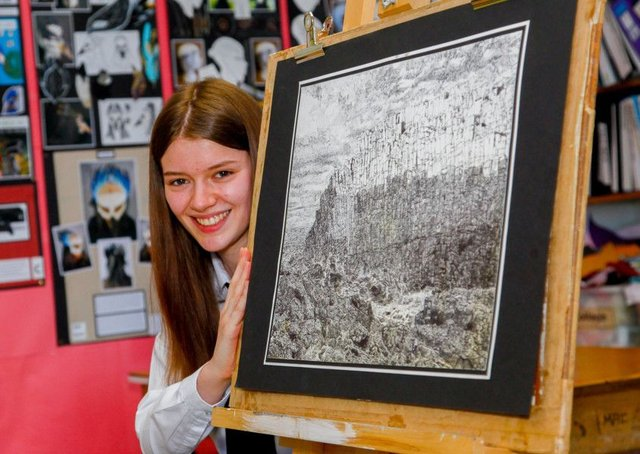 Penicuik High S5 pupil Erin Scratcherd who won 1st prize in the intermediate category of this years's RSA School's Art Award