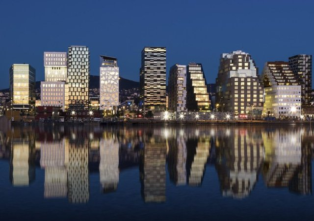 The Oslo skyline by night
