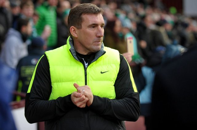 Alan Stubbs has been publicly backed by Hibs chief executive Leeann Dempster. Picture: Jane Barlow