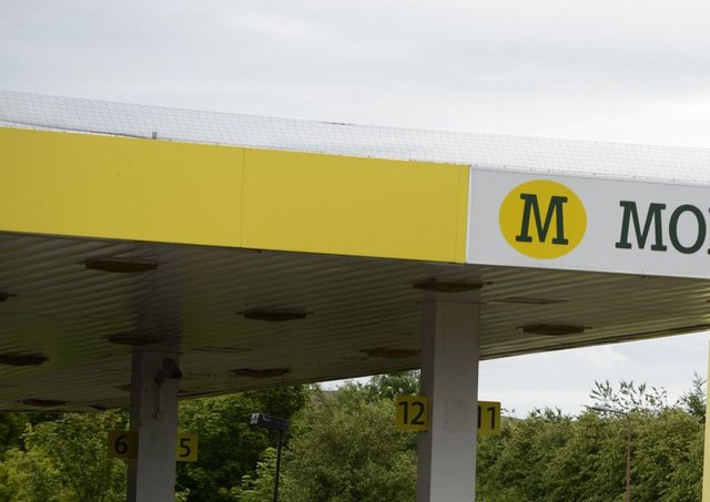 Morrisons Petrol station at the gyle.