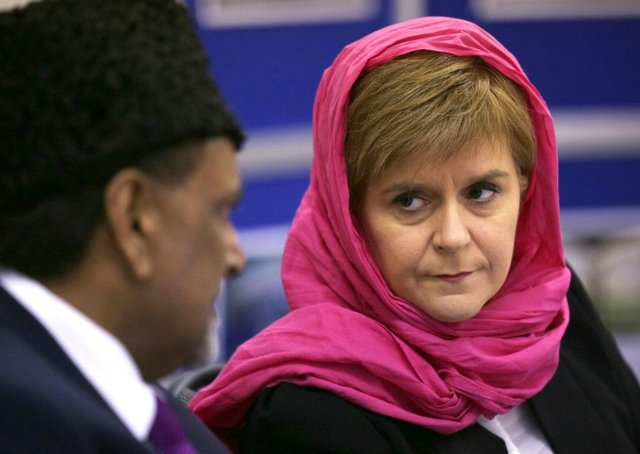 First Minister Nicola Sturgeon meets the head of the Ahmadiyya Muslim community Rafiq Hayat in Glasgow. Picture: PA
