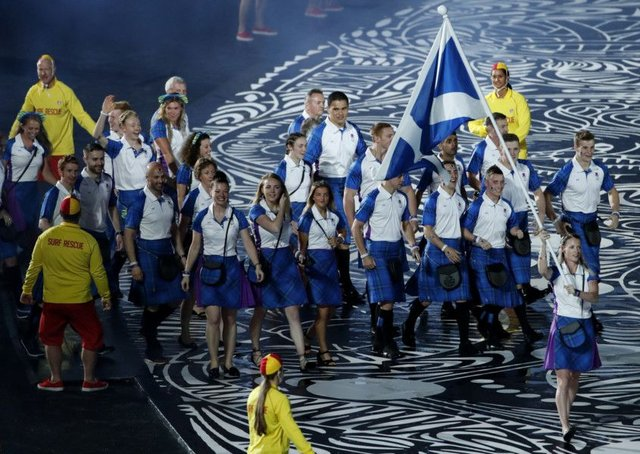 Team Scotland flag bearer Eilidh Doyle. (AP Photo/Mark Schiefelbein)