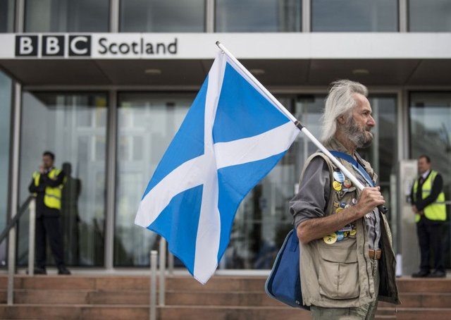 A couple of hundred people turned up at BBC Scotland HQ to protest about alleged bias against the Scottish Independance movement. Picture: John Devlin