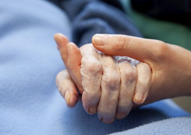Hundreds of dementia patients in Scotland under the age of 65 have missed out on a year of free personal care through government delays in introducing Franks Law