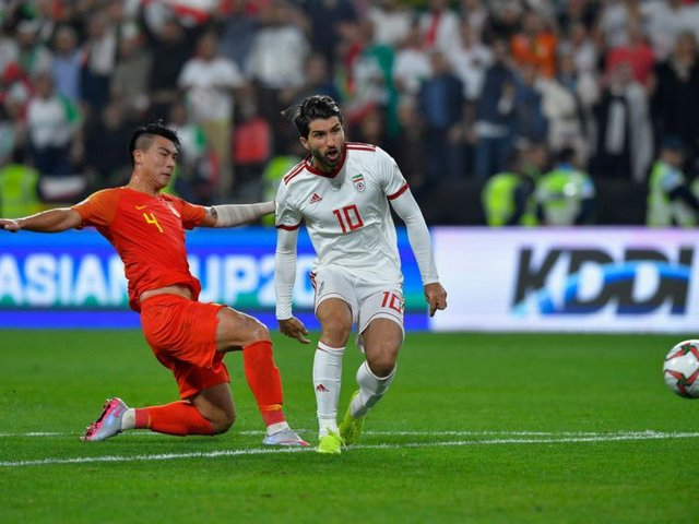 Karim Ansarifard in action for Iran against China in the 2019 AFC Asian Cup