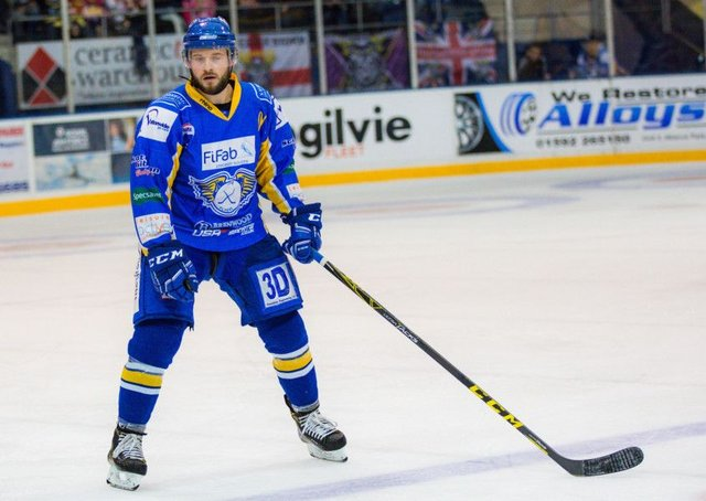 Chris Wands turning out for Fife Flyers (archive photo by Steve Gunn)