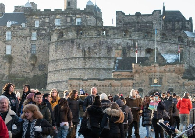 Edinburghs popularity with tourists is important for the whole of Scotland (Picture: Ian Georgeson)