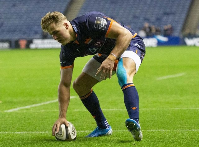 Duhan van der Merwe touches down for Edinburgh's second try against Dragons last night. Picture: Bruce White/SNS