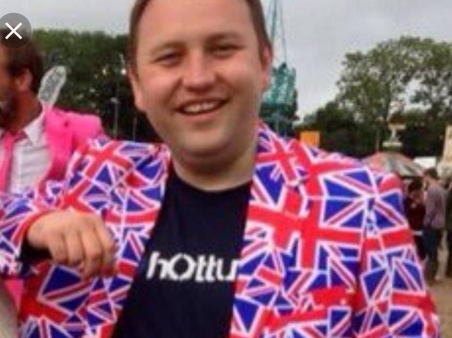 Ian Murray: Union Flag jacket photo the result of 'a few ciders' at  Glastonbury | The Scotsman
