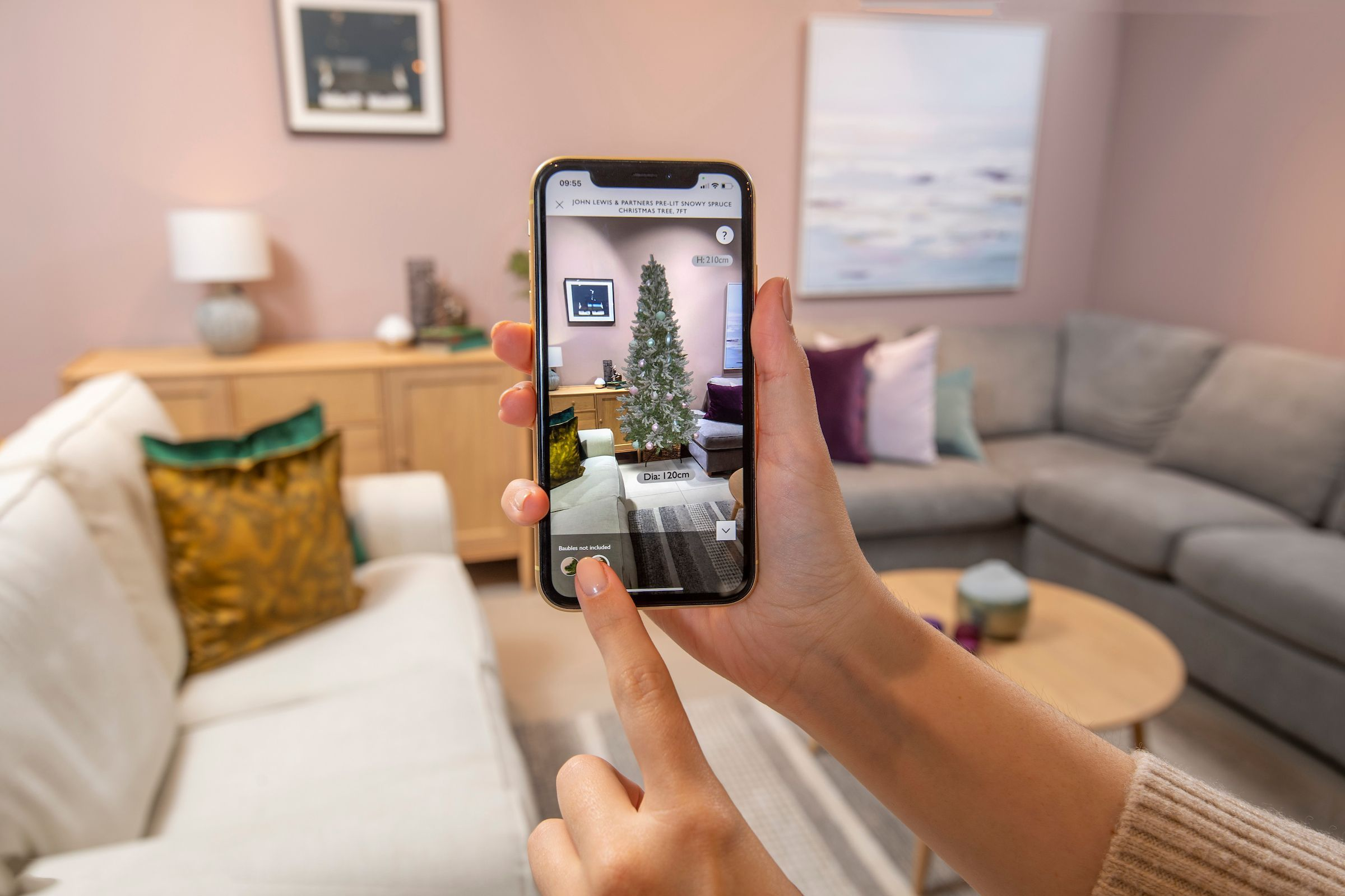 You can view the Christmas tree you want in your living room using new John Lewis app