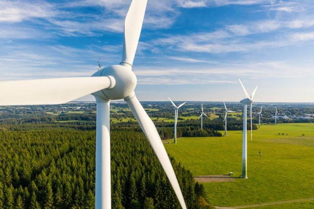 The UK generated more energy from renewables than fossil fuel for the first time in 2020 (Photo: Shutterstock)