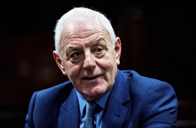 Walter Smith may well give Steven Gerrard advice on Rangers' current form. Picture: SNS Group