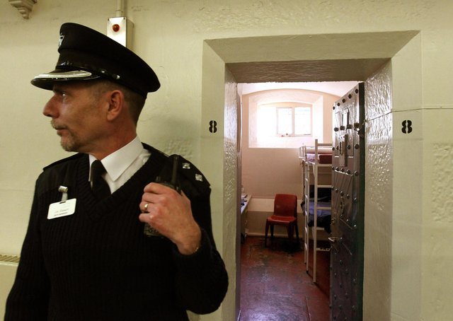 A prison cell in Hall B at Barlinnie Prison in Galsgow (Picture: Andrew Milligan/PA)