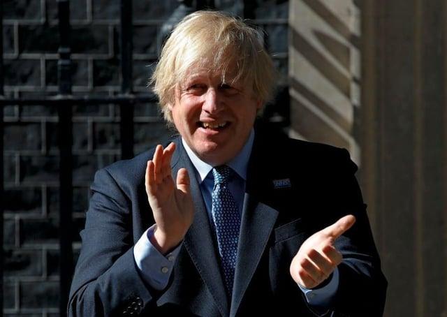 Le Premier ministre Boris Johnson applaudit à l'occasion du 72e anniversaire du NHS le 5 juillet 2020 (Image: Getty Images)