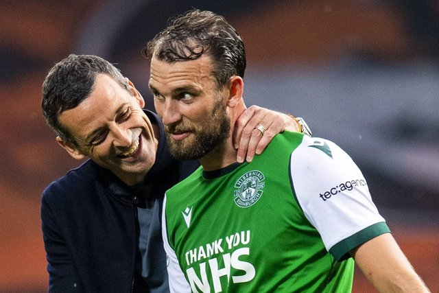 Hibs striker Christian Doidge celebrates with manager Jack Ross at full-time at Tannadice. Picture:  Mark Scates/SNS Group