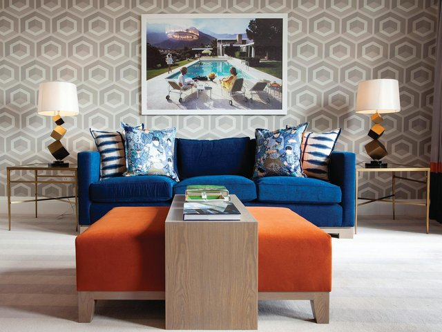 Colour, texture and pattern combine in a chic city apartment