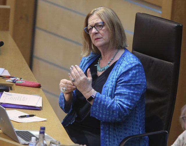 Linda Fabiani has criticised the way Salmond Inquiry conclusions were leaked to the media.
