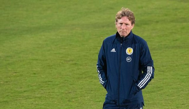 Head coach Scot Gemmill  during Scotland Under 21 training session. (Photo by Craig Foy / SNS Group)