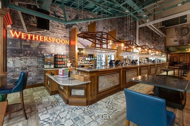 The chairman of pub chain Wetherspoon is calling on the UK Government to open pubs at the same time as non-essential shops.