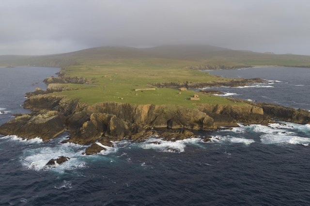 Hundreds of jobs in the space industry are expected to be created on Shetland