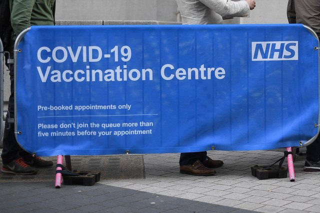 Here are the 10 Scottish areas with the lowest vaccination. (Photo by DANIEL LEAL-OLIVAS/AFP via Getty Images)