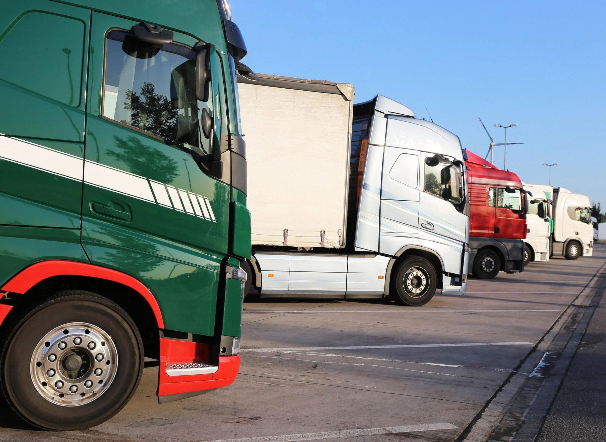 Apakah ada kekurangan pengemudi truk di Eropa?  Bagaimana situasi di seberang Channel?