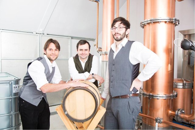 From left: sales ambassador Vitor Guardia, master distiller Ray Clynick Jnr, and GM John Coombes. Picture: contributed.