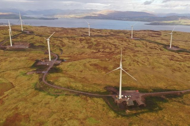 Located south of Greenock and west of Port Glasgow, the site consists of eight wind turbines and has a total capacity of 24 megawatts.