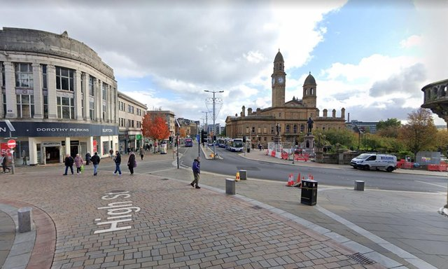 High Street, in Paisley, where the 14-year-old boy was robbed by three men picture: Google maps