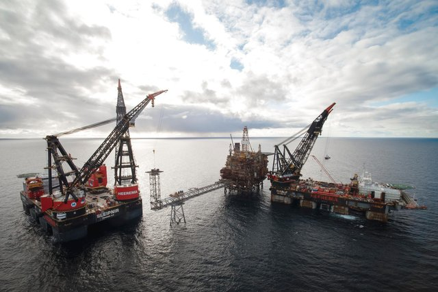 The project is using two of the world's largest semi-submersible crane vessels, marking the first time that these vessels have converged in the North Sea. Picture: Coen de Jong