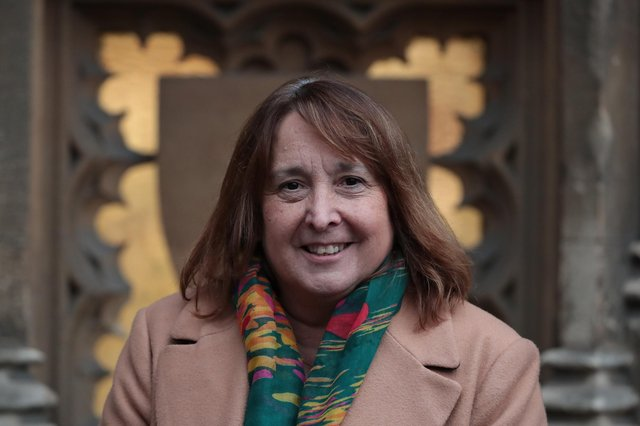 Liberal Democrat MP Christine Jardine has written to the Chancellor calling for him to provide extra support to shops over the festive period.