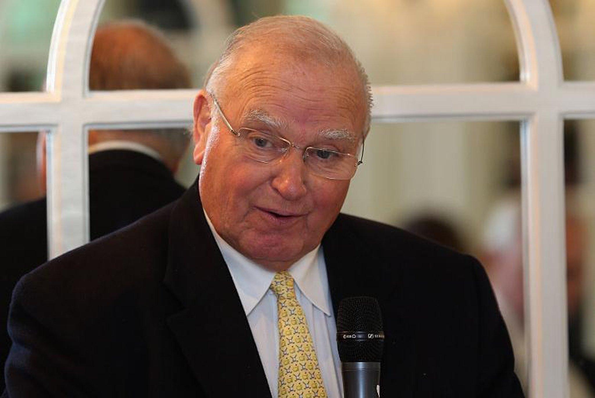 Bernard Gallacher berduka atas teman lama dan sesama Hibee Renton Laidlaw