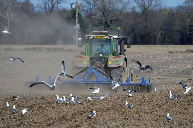 Climate change must be tackled by the farming  industry as a whole