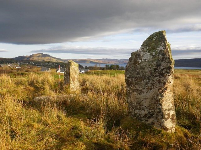 The short stone row at Baliscate in the north east of Mull, where evidence of fire, human burial and quartz chippings indicate elaborate rituals at these 'portals to the afterworld'. PIC: Dr Clare Ellis/Argyll Archaeology.