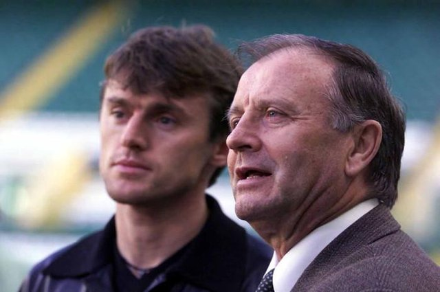 Lubomir Moravcik with new manager Dr Jozef Venglos after signing for Celtic
