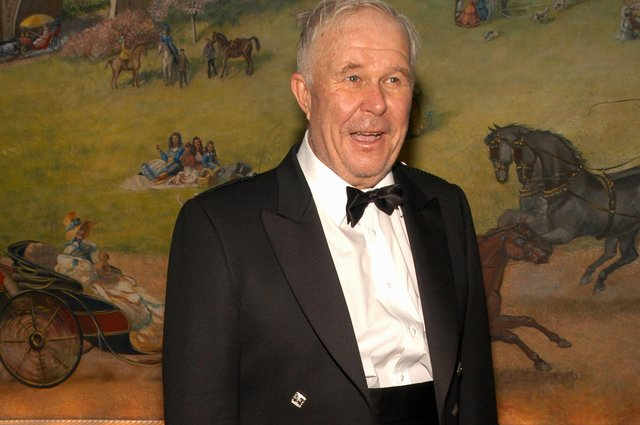 Ned Beatty in dress tartan at a New York party in 2003 (Picture: Gregorio Binuya/Getty Images)