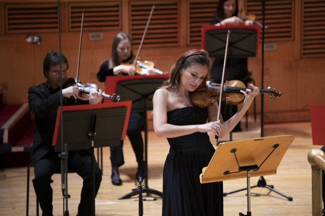 Nicola Benedetti performing Szymanowski's Violin Concerto No1 with the Royal Scottish National Orchestra PIC: Martin Shields