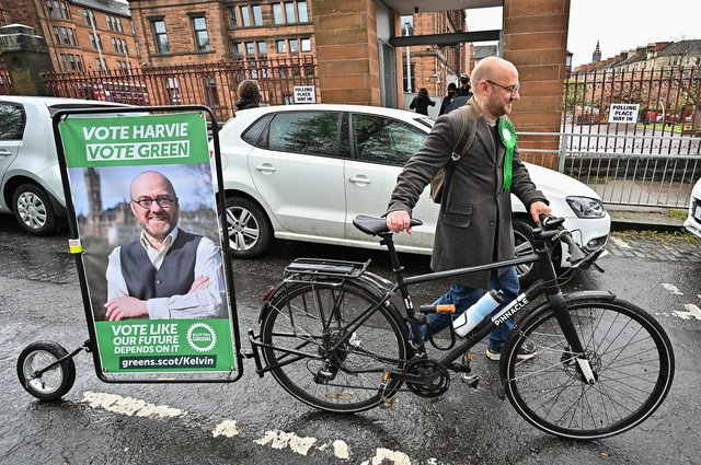 Scottish Green Party co-leader Patrick Harvie shows how to campaign in an environmentally friendly way (Picture: Jeff J Mitchell/Getty Images)
