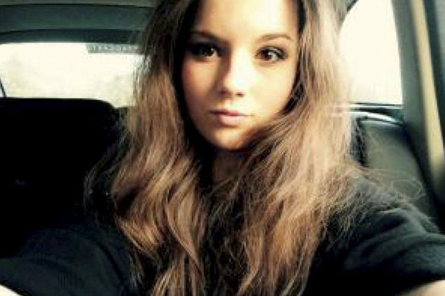 Emily Drouet, died by suicide aged 18 after being abused by her boyfriend at university in Aberdeen.  PIC: SWNS/Drouet family.