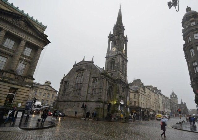 Edinburgh World Heritage has announced it is to end its occupancy of the historic Tron Kirk.