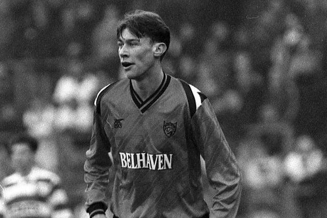 Duncan Ferguson in action for Dundee Utd.