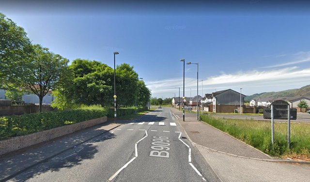 Stirling Road in Tullibody where the 80-year-old man was attacked picture: Google maps