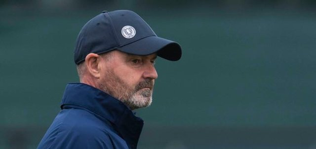 Scotland manager Steve Clarke looks on as his squad train at the Oriam in Edinburgh on Monday morning before travelling to Vienna for their World Cup qualifier against Austria. (Photo by Craig Foy / SNS Group)