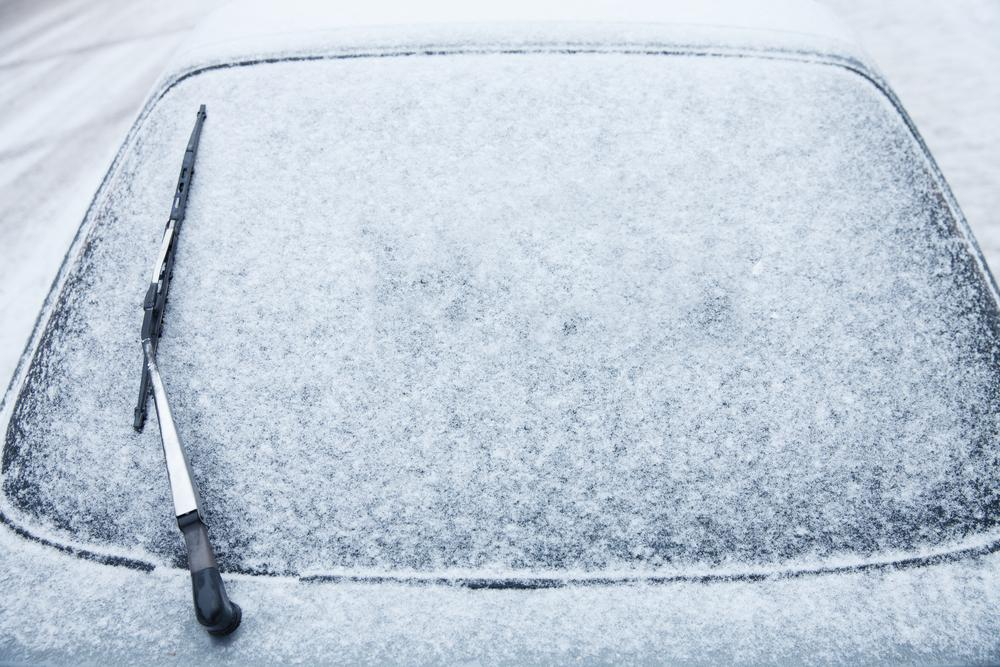 Former NASA engineer reveals quickest way to defrost windscreens