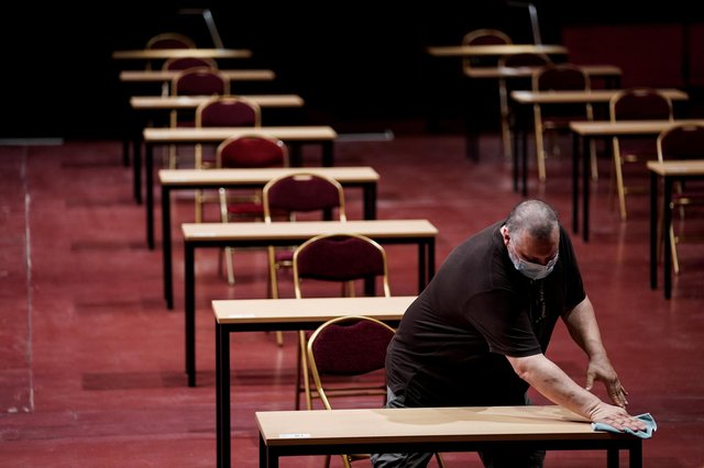 A teachers' union has said it's not too late to cancel this year's assessments.