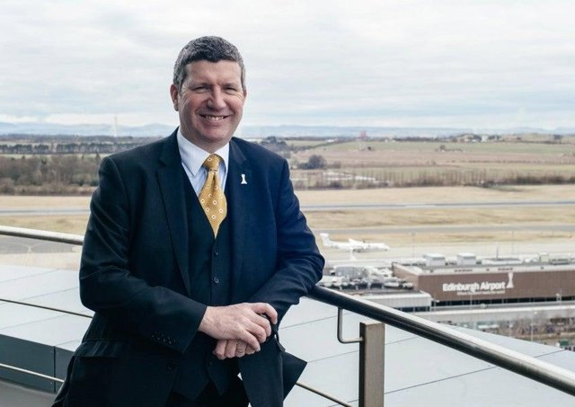Airport boss Gordon Dewar says rapid testing 'makes absolute sense'
