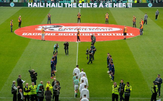 Celtic receiving a guard of honour from Hearts after winning the Scottish Premiership title in 2019. Picture SNS