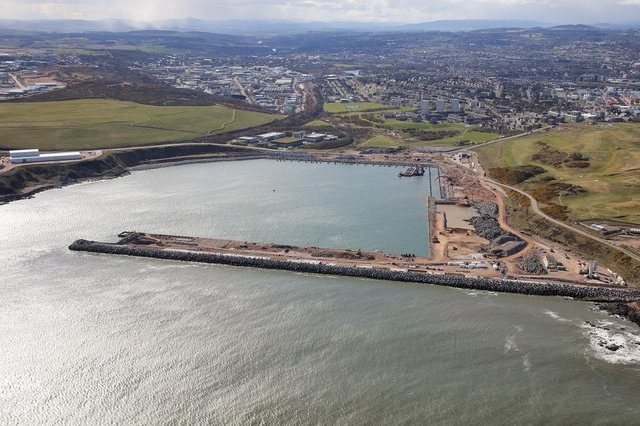 Aberdeen Harbour Board has awarded two new contracts for its South Harbour expansion project.